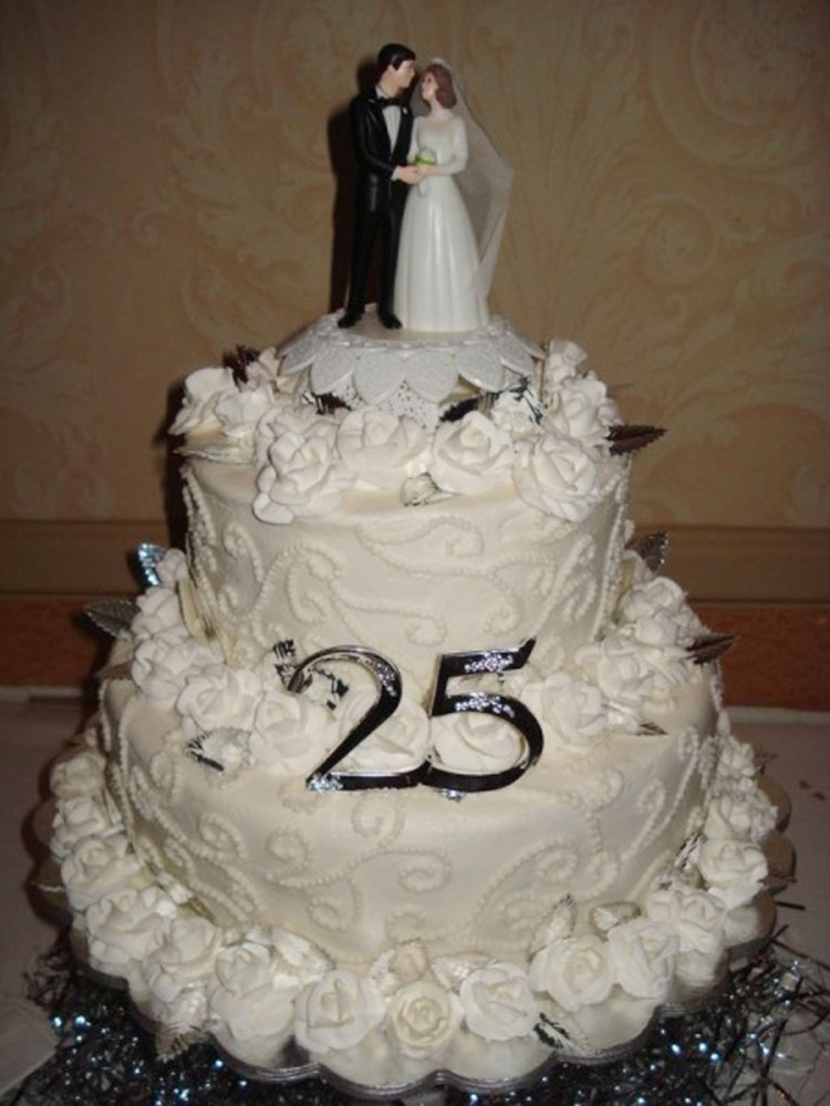 25th Wedding Anniversary Cake Ideas Picture in Wedding Cake