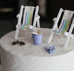 1024x683px Beach Theme Wedding Cake Topper Miniature Picture in Wedding Cake