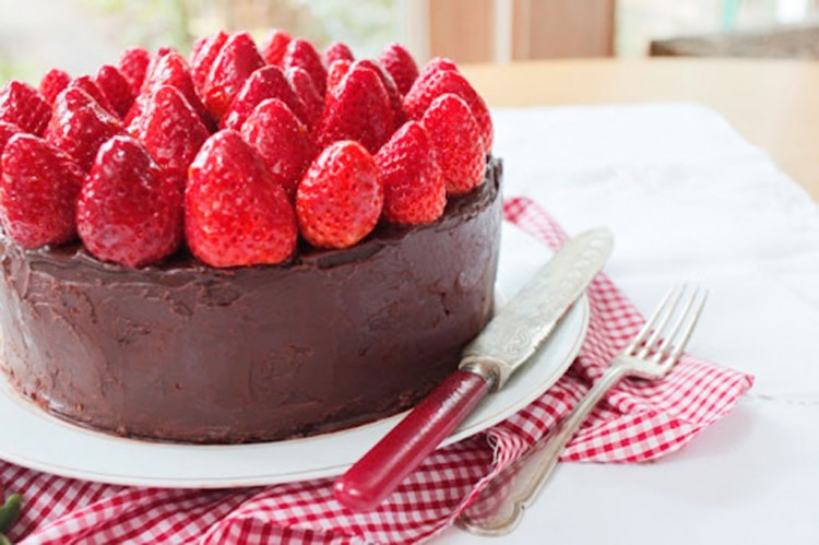 Beautiful Triple Layer Chocolate Cake Topped With Strawberries Picture in Chocolate Cake