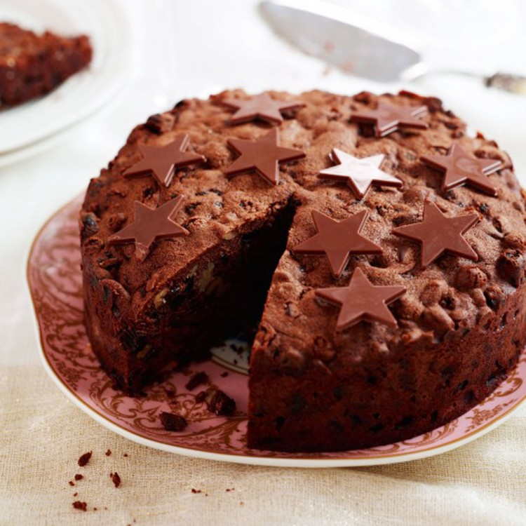 Chocolate Biscuit Christmas Cake Recipe Picture in Chocolate Cake