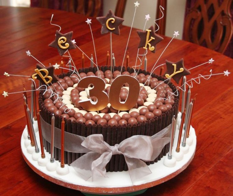 30th Birthday Cakes For Women You Love Picture in Wedding Cake
