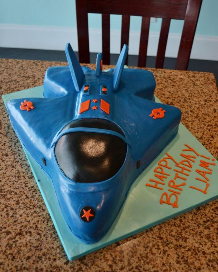 Awesome Fighter Jet Birthday Cake Picture in Birthday Cake