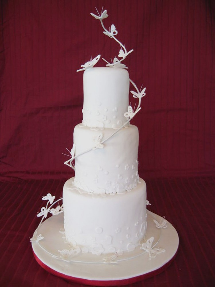 Butterfly Wedding Cake Idea Picture in Wedding Cake