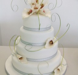 1024x1365px Calla Lily Wedding Cake Ideas Picture in Wedding Cake