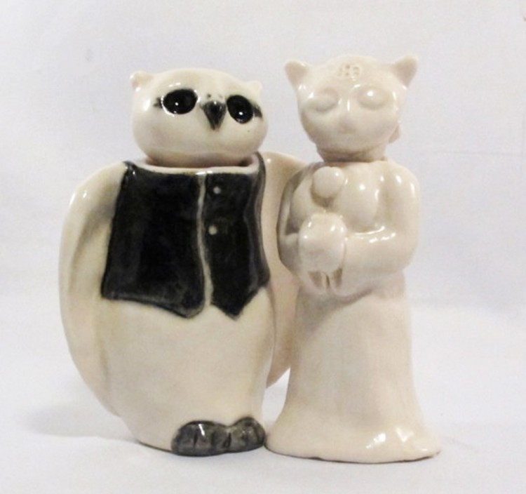 Ceramic Animal Wedding Cake Toppers Picture in Wedding Cake