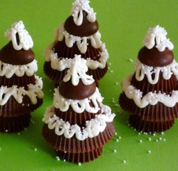 1024x1098px Chocolate Christmas Trees Picture in Chocolate Cake