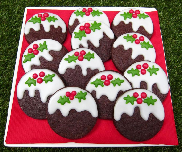 Chocolate Christmas Pudding Cookies Picture in Chocolate Cake