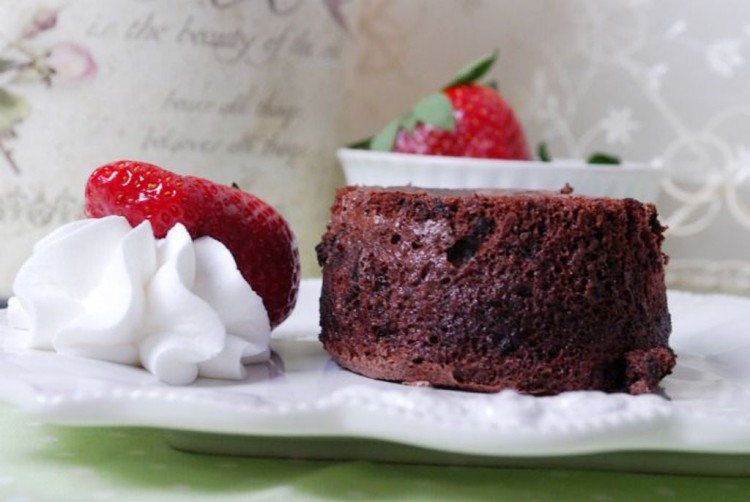 Chocolate Souffle And Lava Cakes Picture in Chocolate Cake