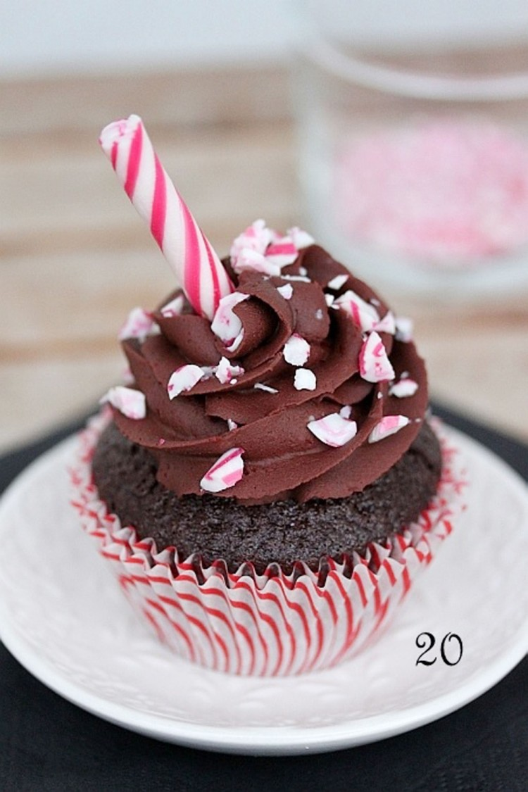 Chocolate Candy Cane Cupcake Picture in Chocolate Cake