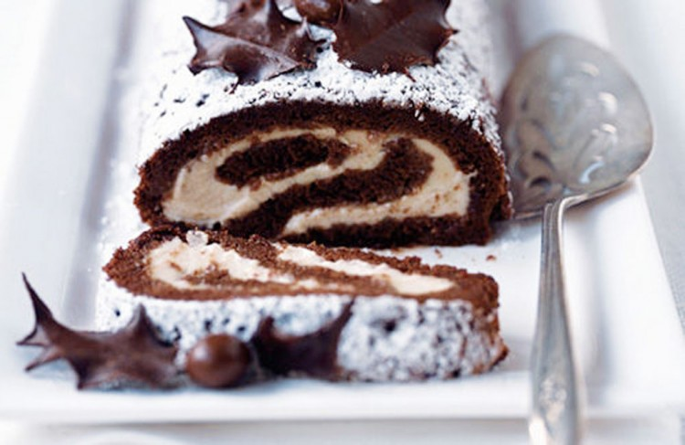Chocolate Chestnut Roulade Picture in Chocolate Cake