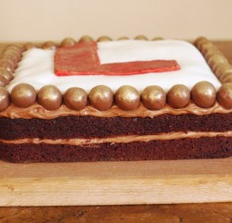 1024x768px Chocolate Malt Cake With Choco Ball Picture in Chocolate Cake