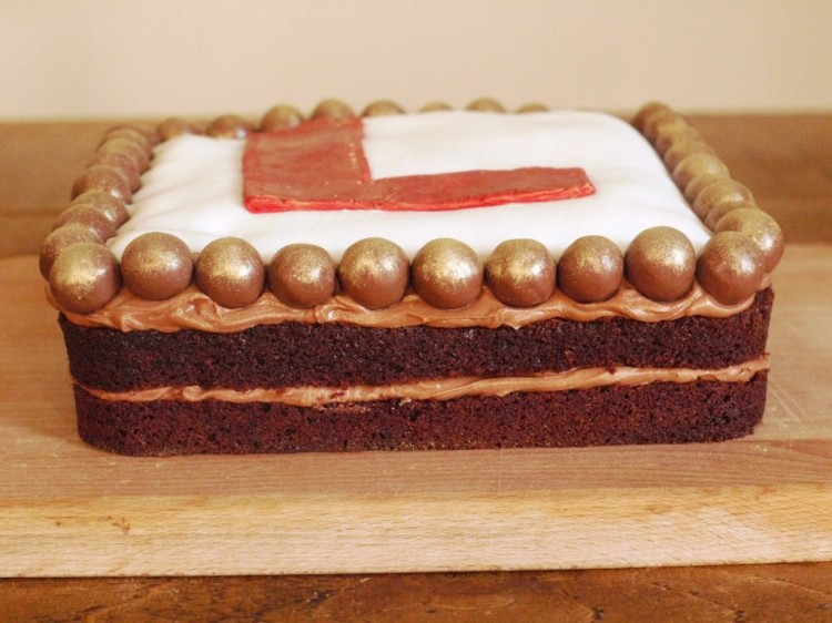 Chocolate Malt Cake With Choco Ball Picture in Chocolate Cake