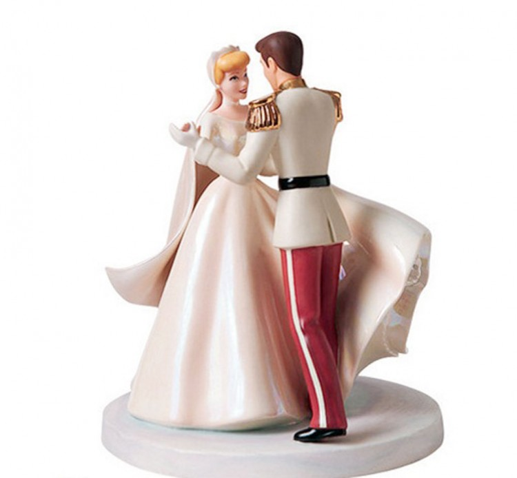 Cinderella Glitter Wedding Cake Toppers Picture in Wedding Cake