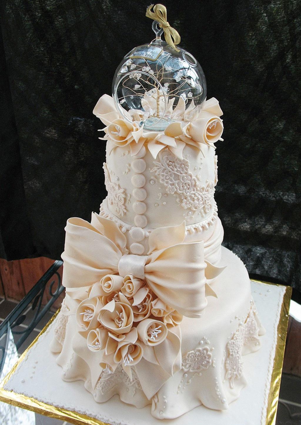 Crazy beautiful wedding cakes wedding cake cake ideas by prayface crazy beautiful wedding cakes picture in wedding cake junglespirit Choice Image