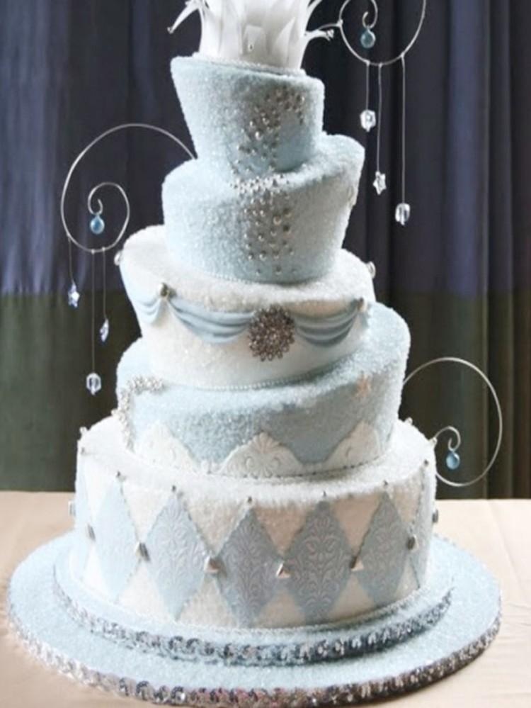 Creative Wonderland Wedding Cakes Picture in Wedding Cake