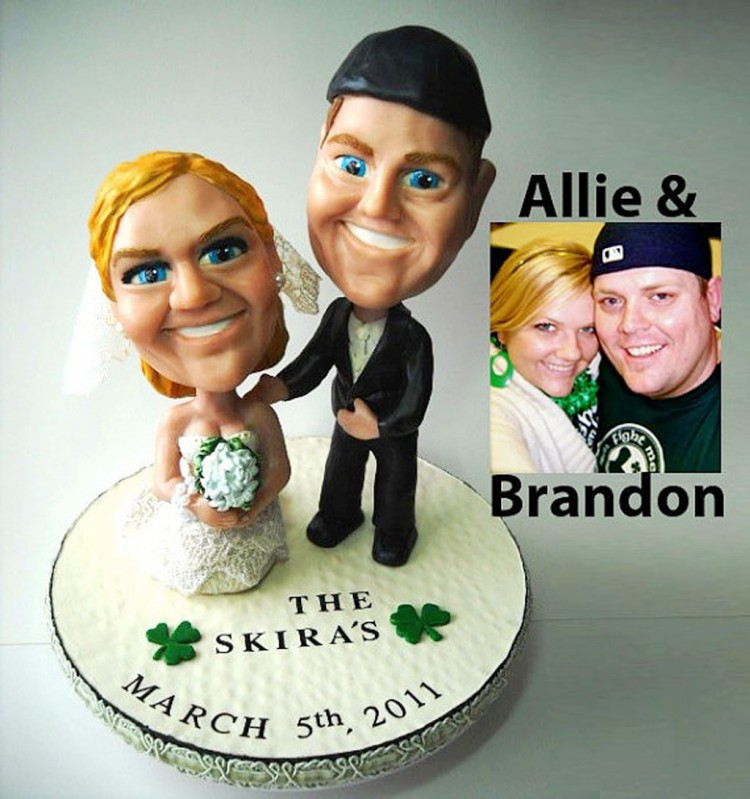 Custom Bobblehead Wedding Cake Toppers Picture in Wedding Cake