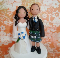 1024x769px Custom Scottish Wedding Cake Topper Picture in Wedding Cake