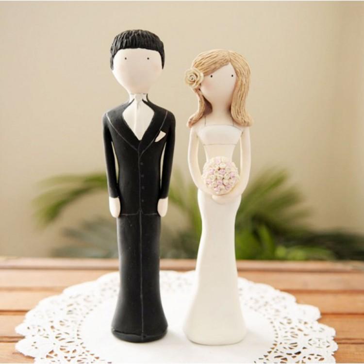 Custom Unique Wedding Cake Topper Picture in Wedding Cake