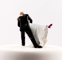 1024x1024px Dancing Bride Groom Couple Wedding Cake Topper Picture in Wedding Cake