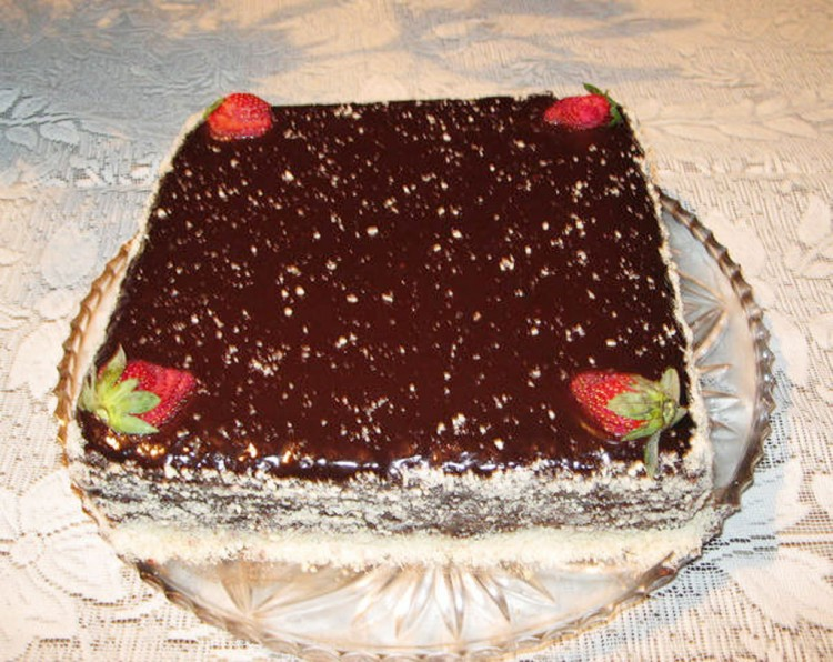 Dark Moist Chocolate Cake Picture in Chocolate Cake