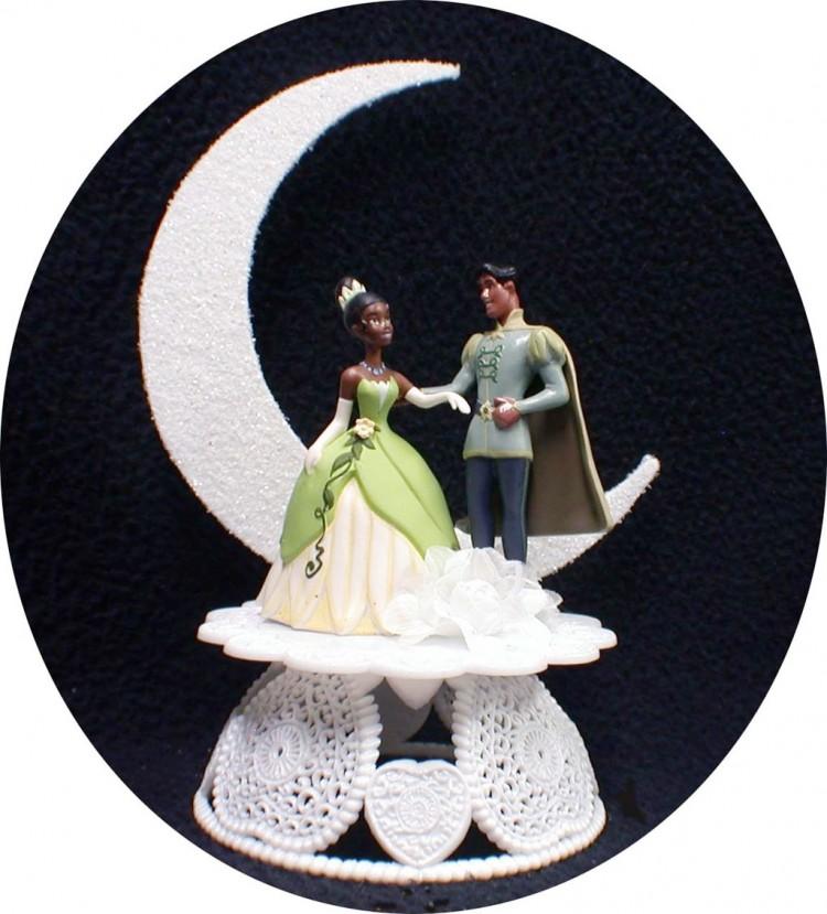 Disney Princess Tiana Wedding Cake Topper Picture in Wedding Cake