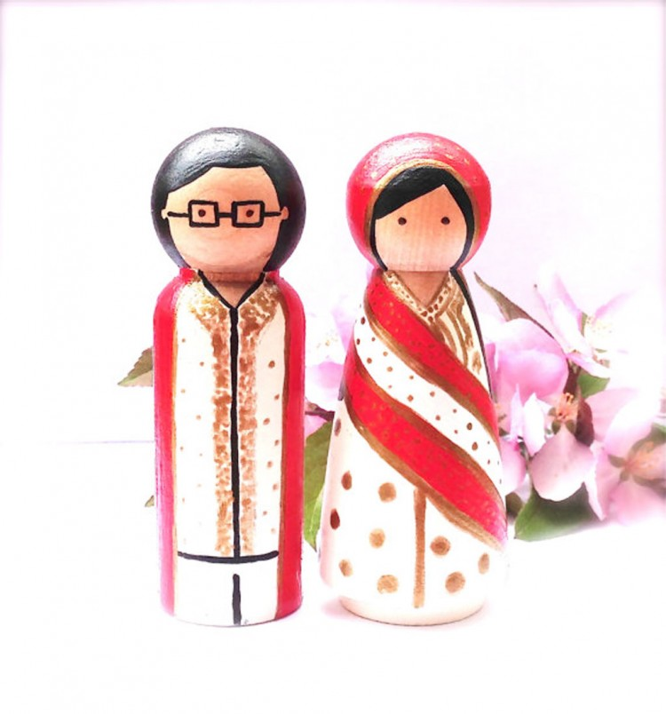 Ethnic Celtic Wedding Cake Topper Picture in Wedding Cake