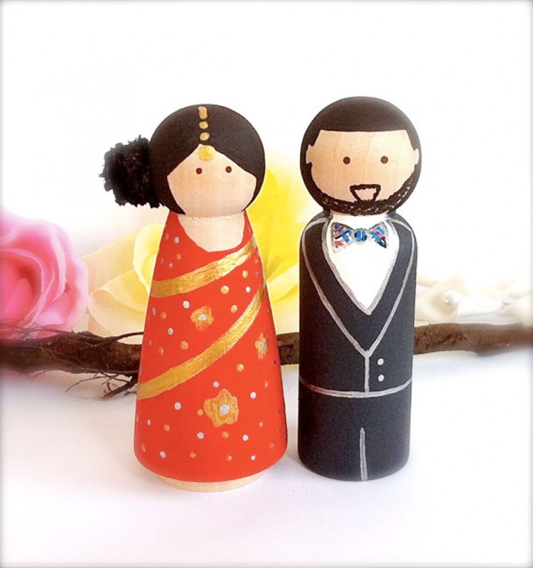 Ethnic Wedding Cake Toppers Indian Picture in Wedding Cake