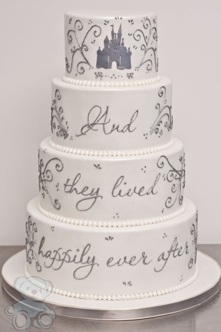 Fairytale Wedding Cake Picture in Wedding Cake
