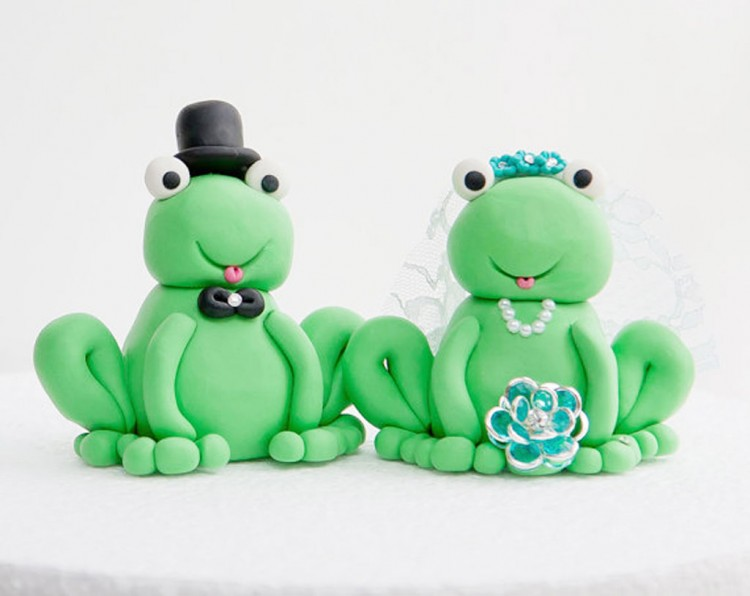 Frog Wedding Cake Toppers Picture in Wedding Cake