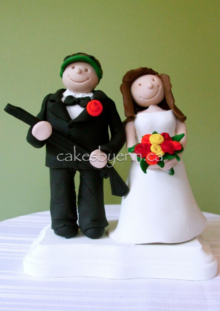 Funny Wedding Cake Toppers Picture in Wedding Cake