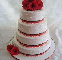 1024x1365px Gerber Red Daisy Wedding Cake Picture in Wedding Cake