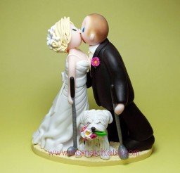 1024x891px Golf Lover Kissing Couple Wedding Cake Topper Picture in Wedding Cake