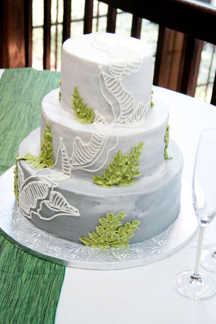 Green Wedding Cakes Richmond VA Designs Picture in Wedding Cake