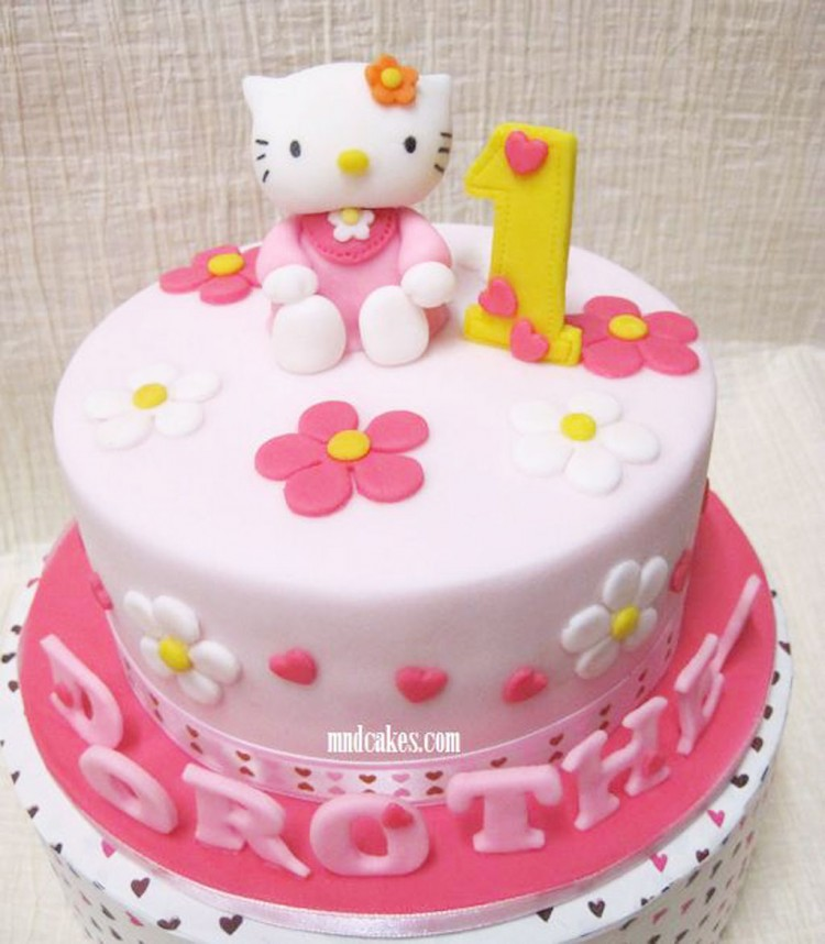 Hello Kitty 1st Birthday Cake Design Picture in Birthday Cake
