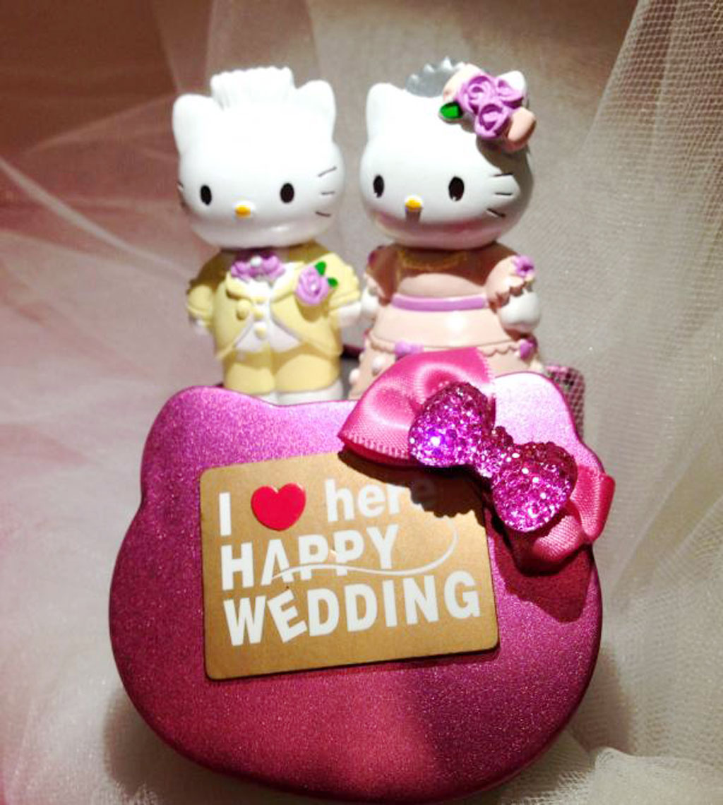 Hello Kitty And Daniel Wedding Cake Topper1 Picture In