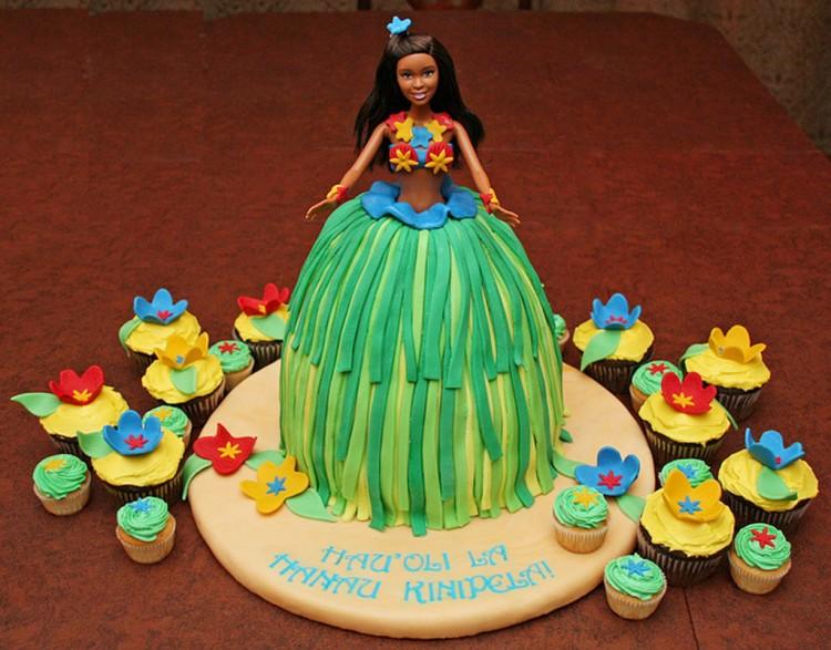 Hula Barbie Birthday Cake Picture in Birthday Cake