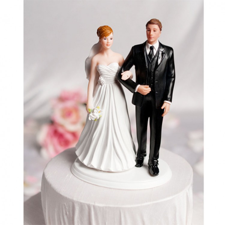 Interracial Multiple Ethnicities Wedding Cake Toppers Picture in Wedding Cake