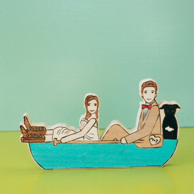 Kayak Wedding Cake Topper In Canoe Picture in Wedding Cake