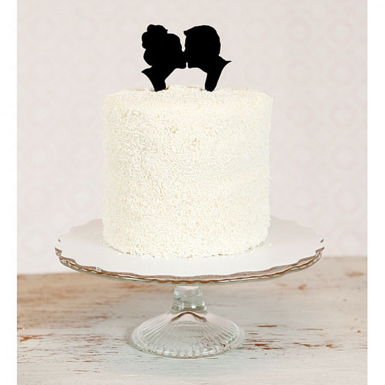 Kissing Silhouette Wedding Cake Topper Picture in Wedding Cake