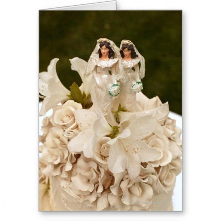 Lesbian Wedding Cake Figurines Picture in Wedding Cake