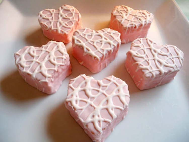 Little Debbie Be My Valentine Vanilla Cakes Picture in Valentine Cakes