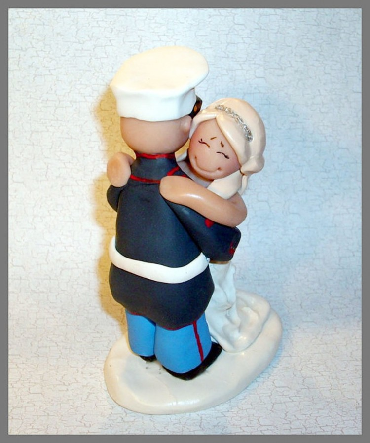 Marine Wedding Cake Topper Figurine Picture in Wedding Cake