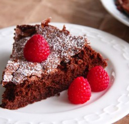 1024x683px Martha Stewarts Flourless Chocolate Cake With Raspberry Picture in Chocolate Cake