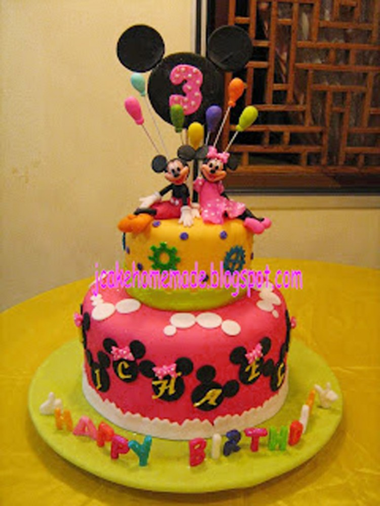 Mickey Mouse And Minnie Mouse Birthday Cake Picture in Birthday Cake