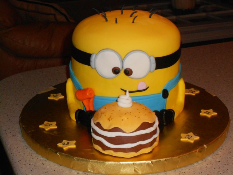 Minion Cake For Sons Birthday Picture in Birthday Cake