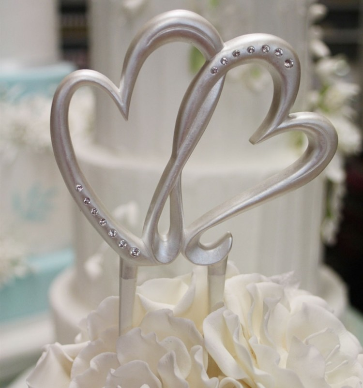 Modern Double Heart Wedding Cake Topper Picture in Wedding Cake