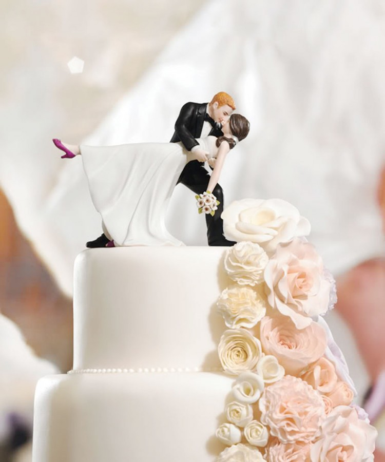 Most Unique Wedding Cake Toppers Picture in Wedding Cake