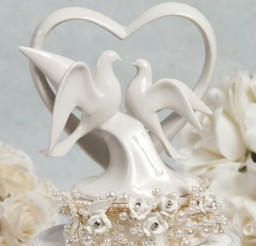 1024x1280px Pearl And Dove Wedding Cake Topper Picture in Wedding Cake