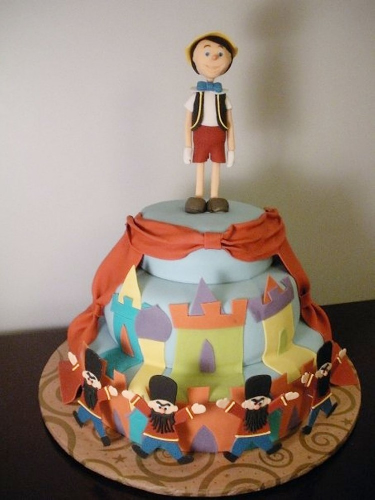 Pinocchio Birthday Cake Picture in Birthday Cake