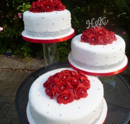 1024x1365px Red And White Wedding Cake Ideas Picture in Wedding Cake